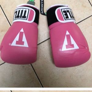 Other - Title boxing set